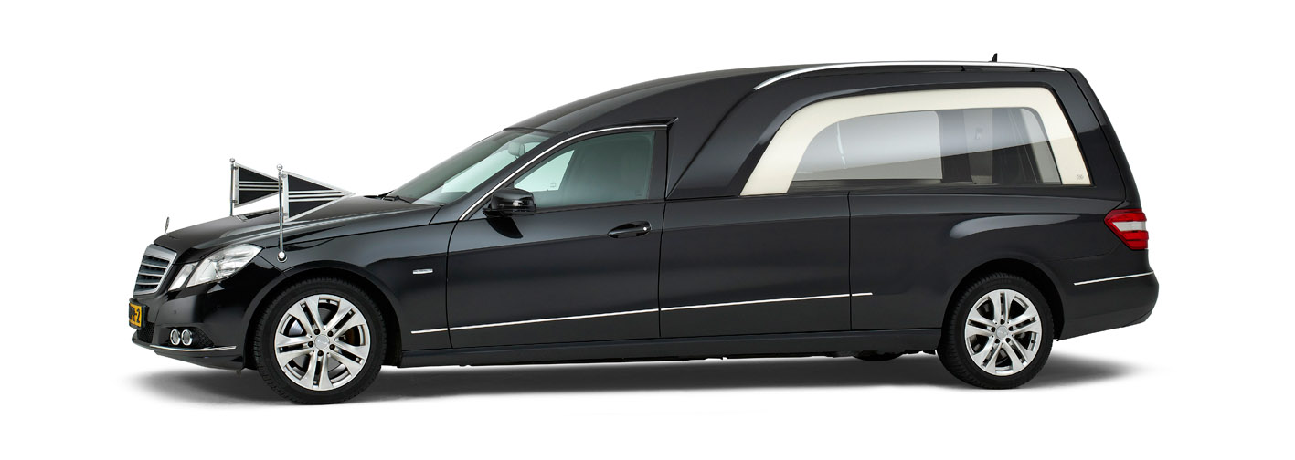 Correct Monnereau 114 zwarte rouwauto 3 deurs uitvoering