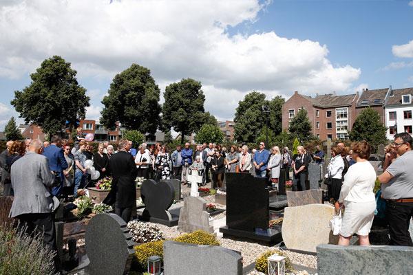 Passend grafmonument-Uitvaartverzorging Nijmegen-Sint Anna Molen-Constantijn Koen